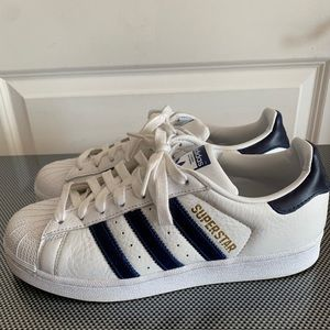 Adidas Superstars—Men's Size 7.5